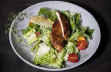 Mitybos specialistė patiekalus šventiniam stalui siūlo gaminti garuose
