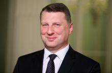 Latvijos prezidentas pasveikino V. Putiną su pergale rinkimuose