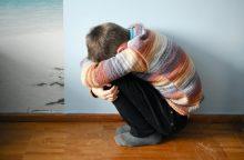 Kazlų Rūdoje moteris galėjo smurtauti prieš dešimtmetį sūnų