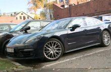 """Kauno meras parodė savo naująjį """"Porsche"""""""