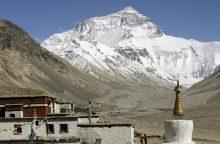 Drąsa užkariauti Everestą neretai kainuoja gyvybę
