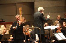 Lietuvos valstybinis simfoninis orkestras 30 sezoną pradės su smuiko virtuozu