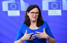 Eurokomisarė: ES naudingas neigiamas D. Trumpo požiūris į laisvąją prekybą