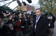 Baltieji rūmai grąžino CNN žurnalistui akreditaciją, bet iškėlė sąlygų
