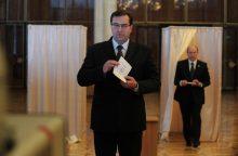 Svarbaus kandidato į Moldovos prezidentus pasitraukimas pakurstė europietiškas viltis