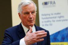 """Europos Komisija tikisi konstruktyvaus """"Brexit"""" derybų vadovų susitikimo"""