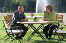 V. Putinas ir A. Merkel aptarė padėtį Sirijoje ir Ukrainoje