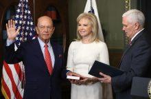 JAV prekybos sekretoriumi prisaikdintas W. Rossas