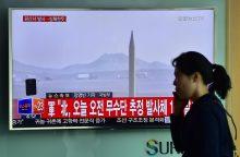 Pentagonas griežtai smerkia Šiaurės Korėjos raketų leidimo bandymus