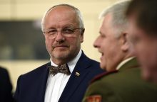 J. Olekas: Lietuvoje kuriamame tarptautiniame batalione bus ir tankų, ir šarvuočių