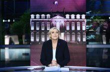 """Prancūzijos prezidentė M. Le Pen? Reikia tik """"dešimties mažų procentų"""""""