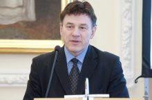 Rektoriai nevienodai vertina siūlymą valdžią grąžinti senatui