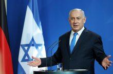 """B. Netanyahu perspėja V. Putiną neperduoti ginklų į """"neatsakingas rankas"""""""