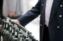 Mažėjant alkoholio pardavimams gamintojai imasi eksporto