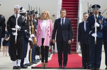 E. Macronas su valstybiniu vizitu atvyko į JAV