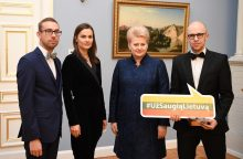 """""""Už saugią Lietuvą"""" ženkleliai – naujiems ambasadoriams"""
