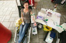 Kraujo donorų palapinė keičia požiūrį