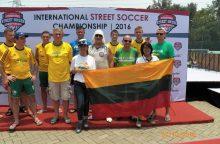 Liūtis Indonezijoje futbolininkams tapo auksinė