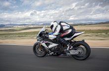 """Naujasis """"BMW HP4 Race"""": dienos šviesą išvys tik 750 motociklų"""